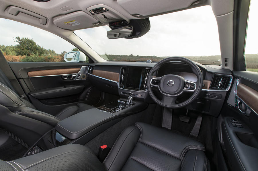 Volvo V90 B5 2020 UK first drive review - cabin