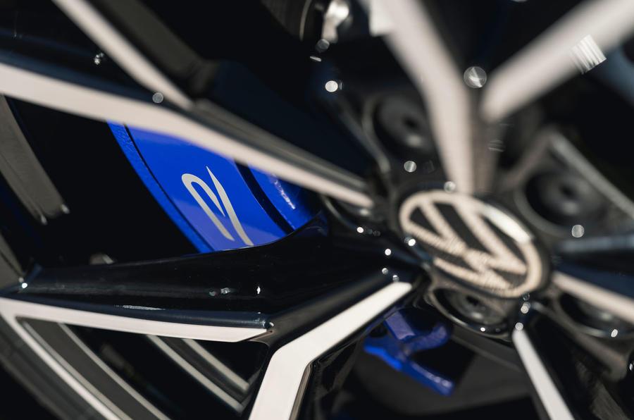 6 VW arteon R Shooting Brake 2021 UE FD étriers de frein