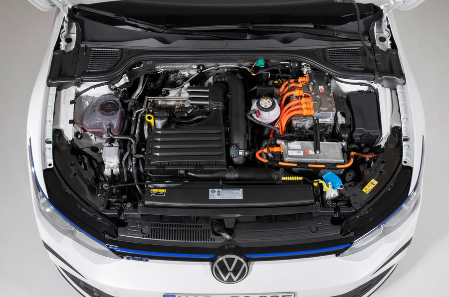 Volkswagen Golf GTE 2020 - engine