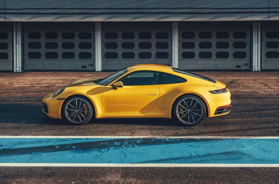 2019 Porsche 911 Carrera S track drive - static side