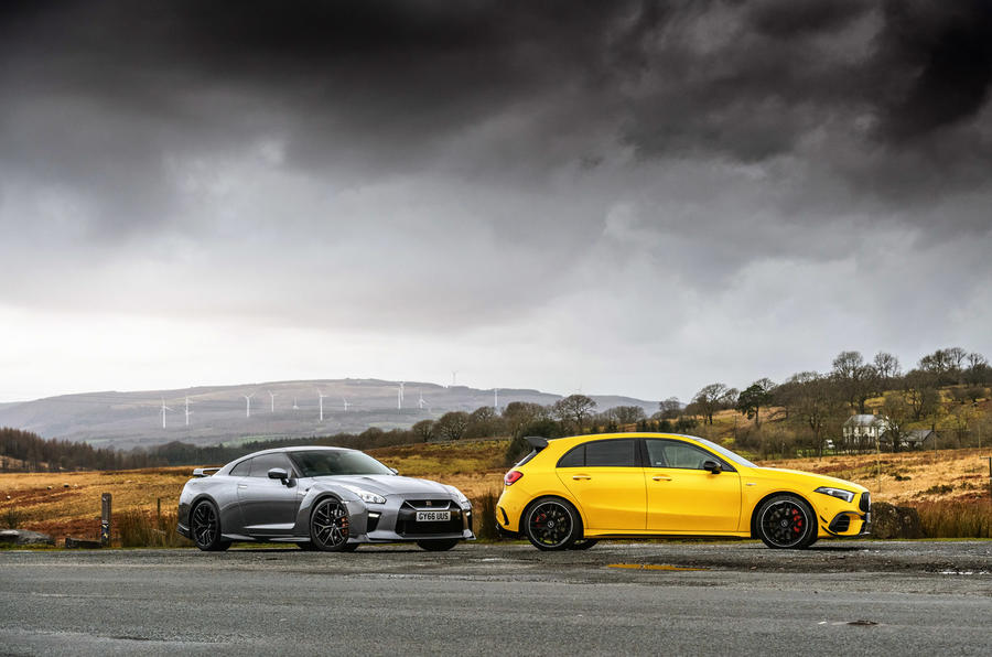 Mercedes-AMG A45 S 2019 - stationary side