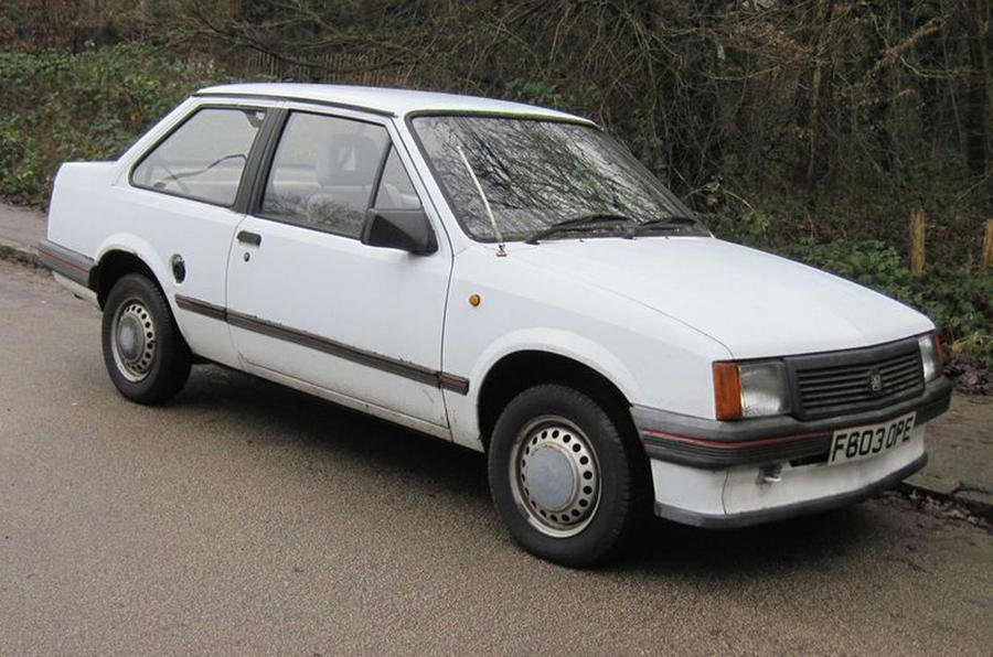 Vauxhall Nova Merit saloon 1989 - stationary front