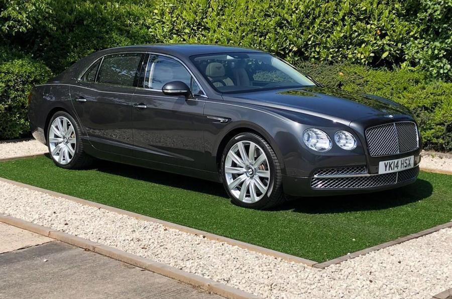Bentley Flying Spur - static front