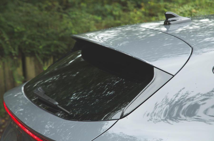 Cupra Leon 2020 LHD : premier bilan de conduite au Royaume-Uni - spoiler arrière