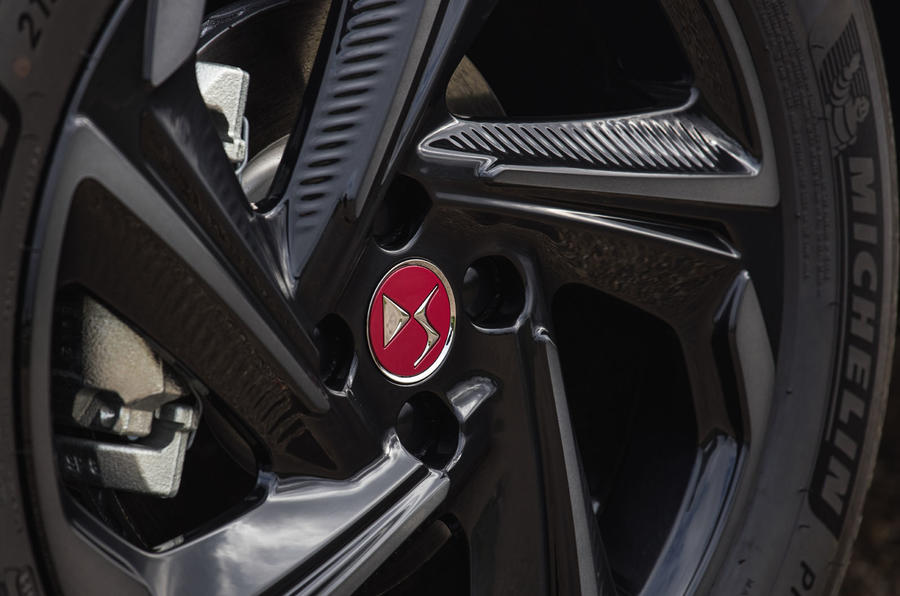 DS 3 E-Tense 2019 first drive - alloy wheels