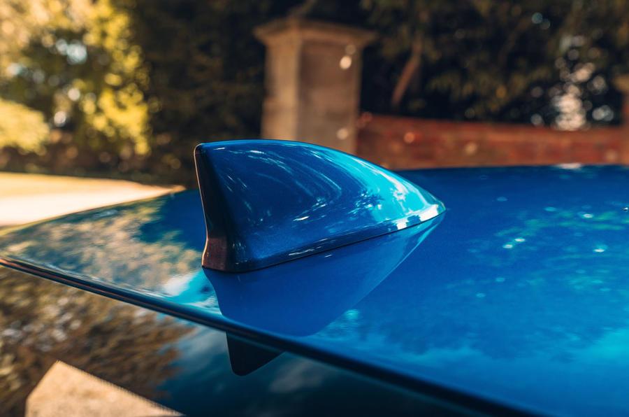 Honda Civic saloon 2018 UK first drive review shark-fin aerial