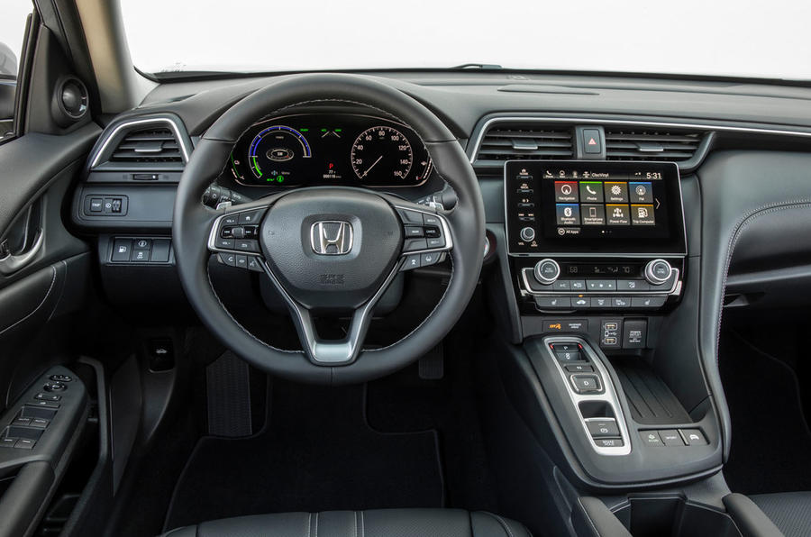 Honda Insight 2019 first drive review - dashboard