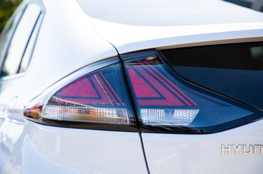 Hyundai Ioniq Electric 2019 first drive review - rear lights