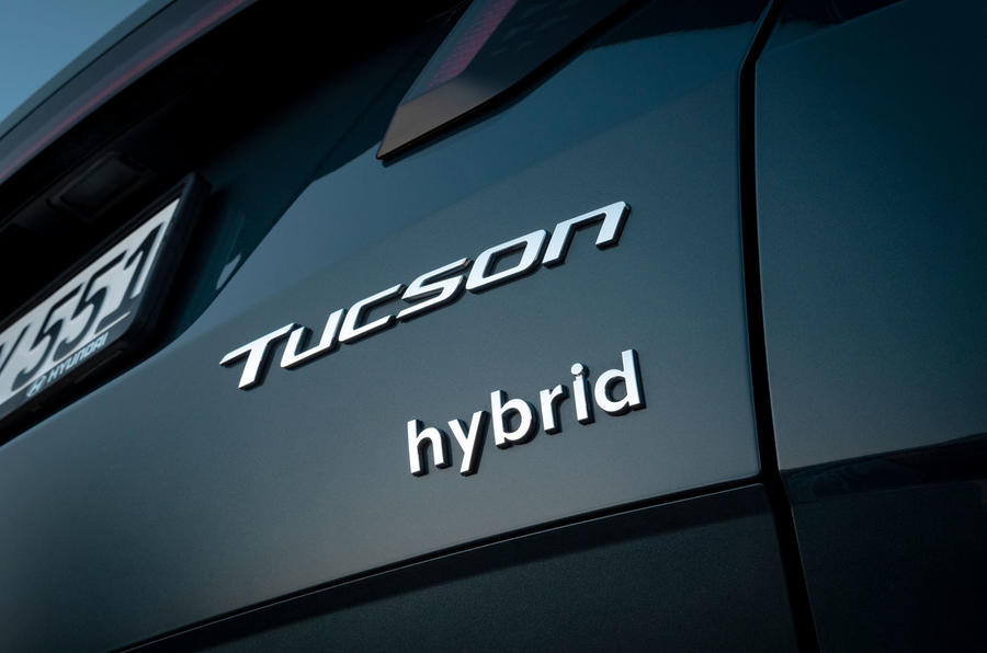 Hyundai Tucson 2020 UK first drive review - rear badge