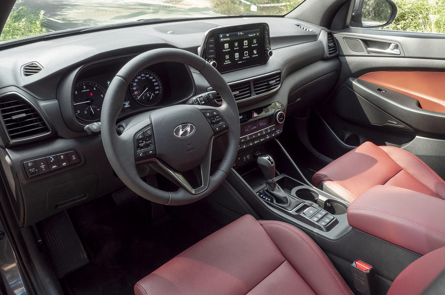 Hyundai Tucson 2.0 CRDI 48v 2018 first drive review dashboard