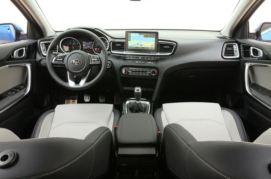 Kia Ceed 2018 first drive review dashboard