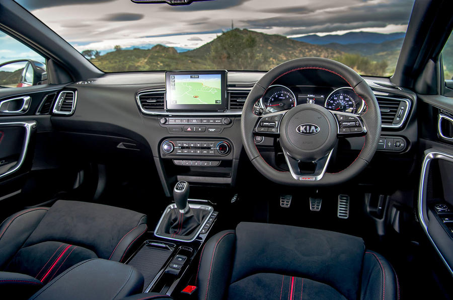 Kia Ceed GT 2019 first drive review - dashboard