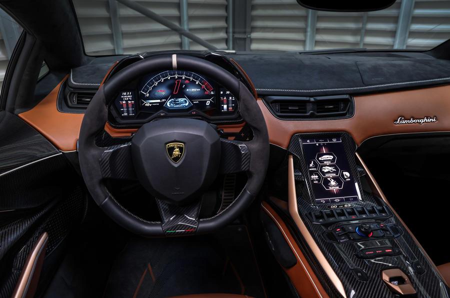 7 Lamborghini Sian 2021 : premier tableau de bord de l'évaluation des moteurs au Royaume-Uni