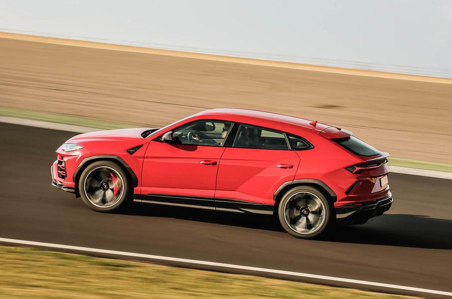 Lamborghini Urus review 2018 track side