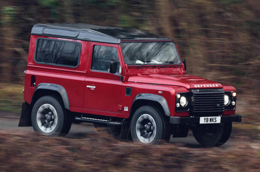 Land Rover Defender V8 - hero front