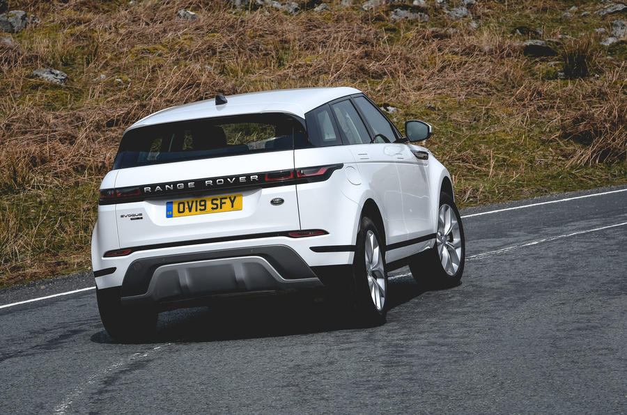 Land Rover Range Rover Evoque P200 2019 UK first drive review - cornering rear