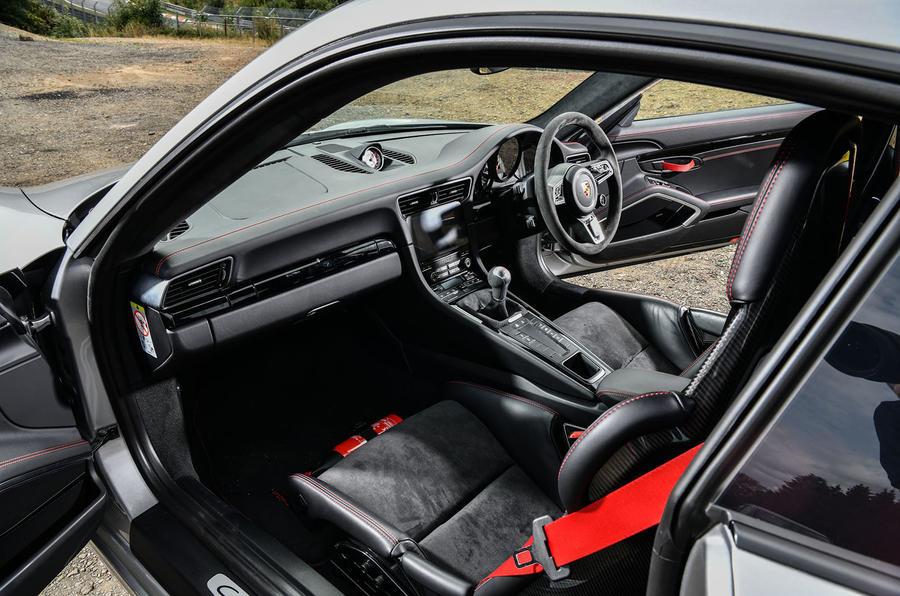 Litchfield Porsche 911 Carrera T 2018 first drive review - cabin