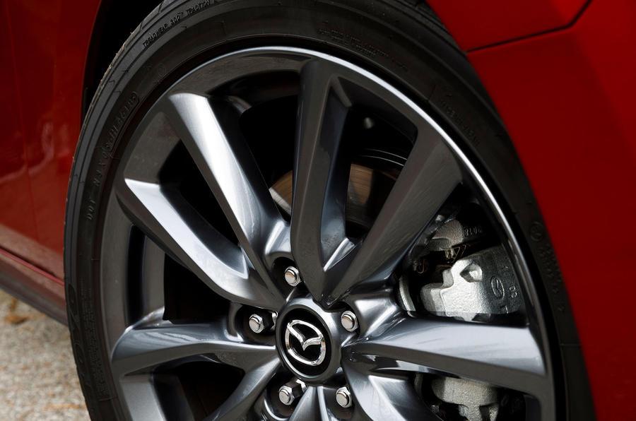 Mazda 3 2.0 Skyactiv-G 2019 first drive review - brake calipers