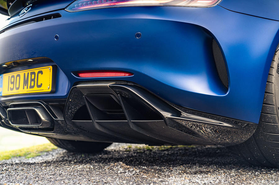 Mercedes-AMG GT R Roadster 2019 UK first drive review - exhaust and diffuser