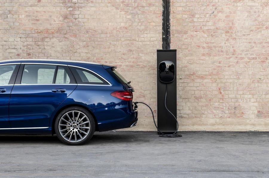 Mercedes-Benz C-Class C 300de estate 2018 first drive review - charging
