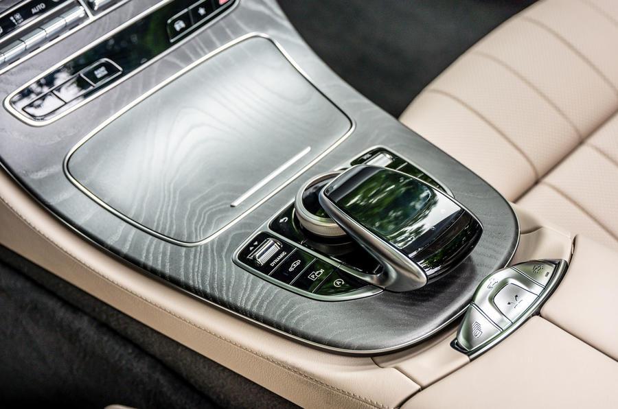 Mercedes-Benz E-Class e450 Cabriolet 2020 UK first drive review - centre console