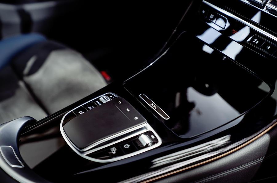 Mercedes-Benz EQC 2019 first drive - centre console