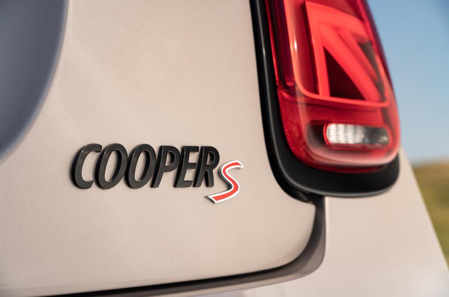 7 Badge arrière Mini Cooper S 2021 UE FD
