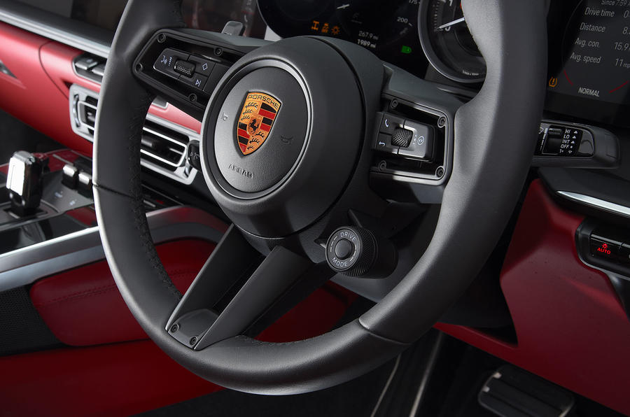 Porsche 911 Carrera 4S Cabriolet 2019 UK first drive review - steering wheel