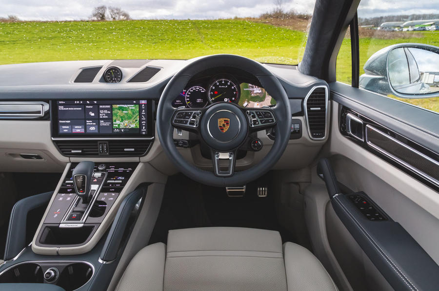 Porsche Cayenne Turbo S E-Hybrid 2020 UK first drive review - dashboard