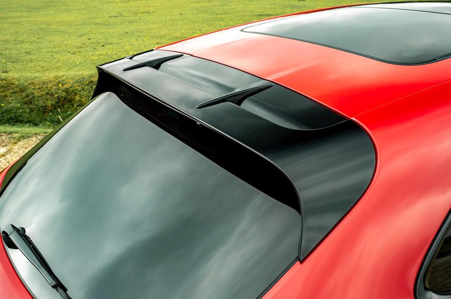7 Aileron de premier essai de la Porsche Macan GTS 2021 UE LHD