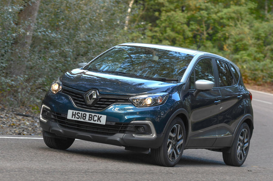 Renault Captur Iconic TCe 90 2018 UK first drive - cornering front