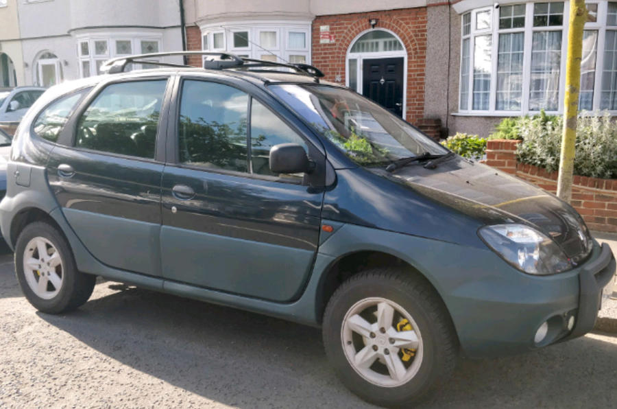 Renault Scenic RX4 - front