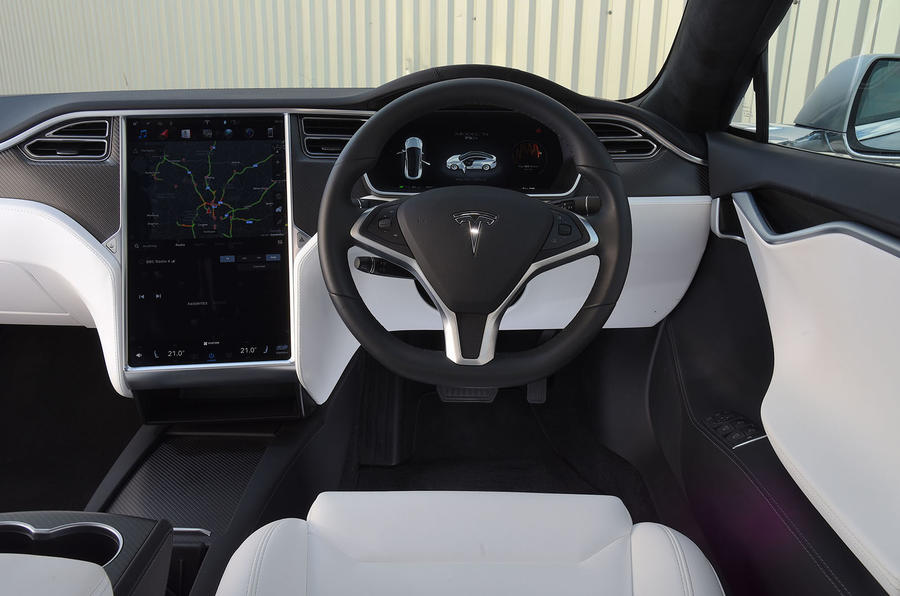Tesla Model S 75D 2018 first drive review dashboard