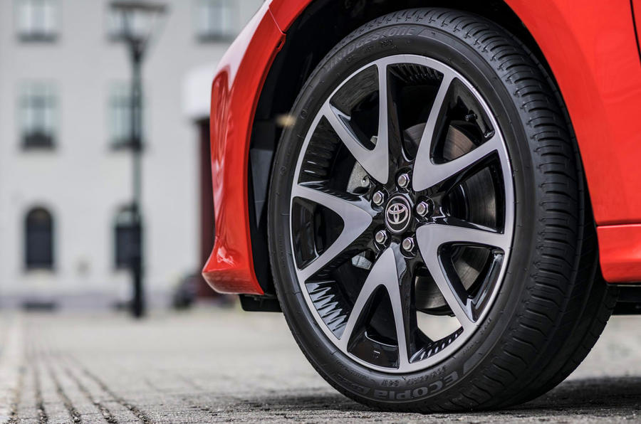 Toyota Yaris hybrid 2020 UK first drive review - alloy wheels
