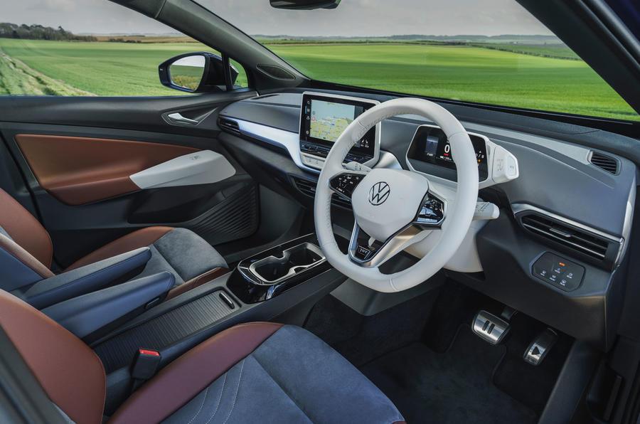 7 Volkswagen ID 4 2021 UE : essai routier de l'habitacle