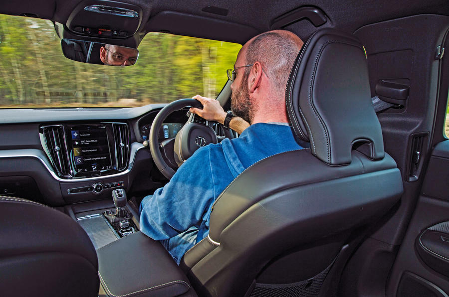 Volvo S60 T5 2019 UK first drive review - Matt Prior driving