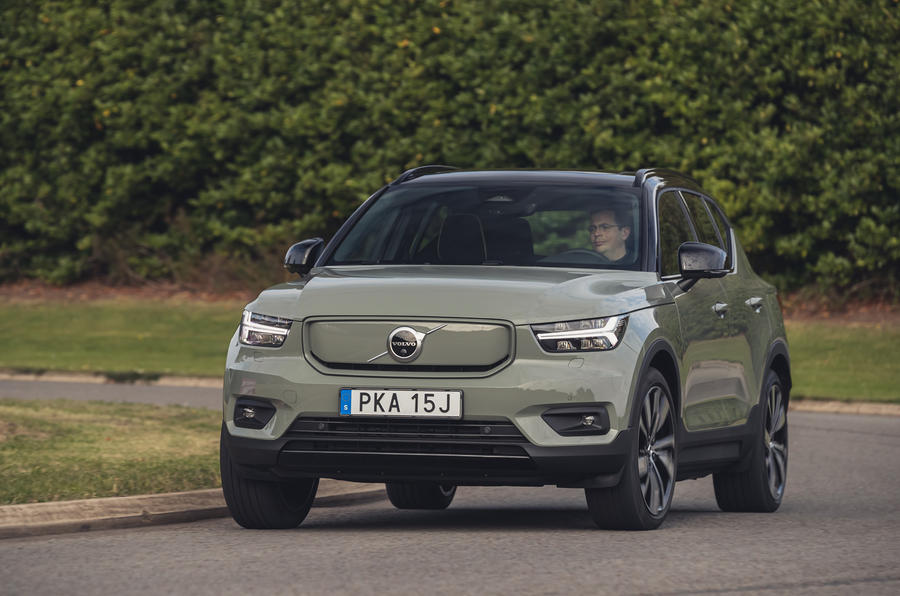 Volvo XC40 P8 Recharge 2020 UK first drive review - cornering front