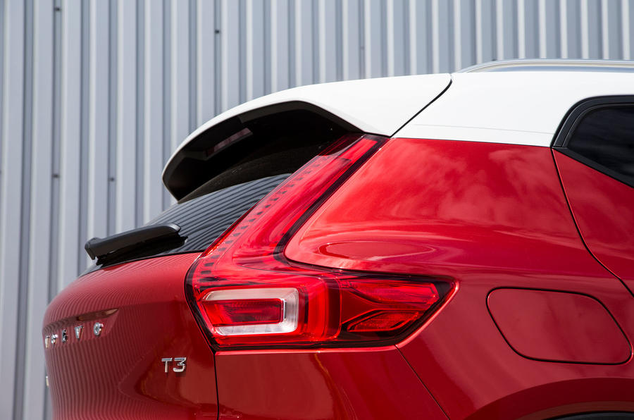 Volvo XC40 T3 2018 first drive review rear end