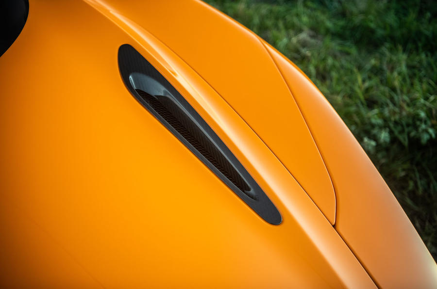 McLaren 720S Track Pack 2018 UK first drive review - bonnet aero