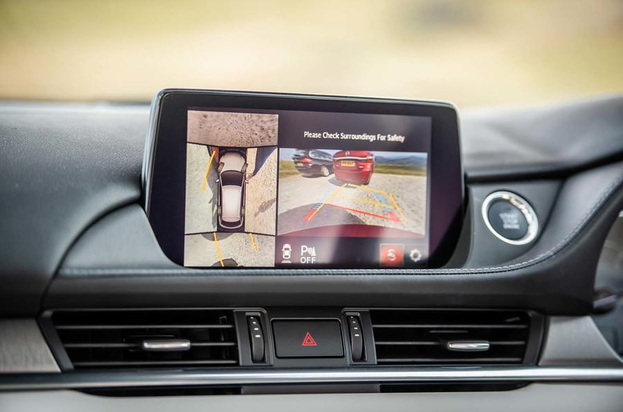 Mazda 6 165 Sport Nav 2018 UK first drive review - infotainment