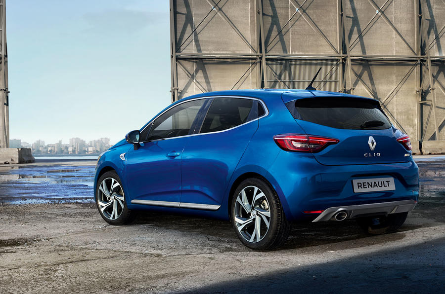 Renault Clio 2019 Autocar studio static - RS Line rear