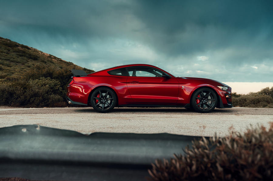 Ford Shelby Mustang GT500 official reveal - static side