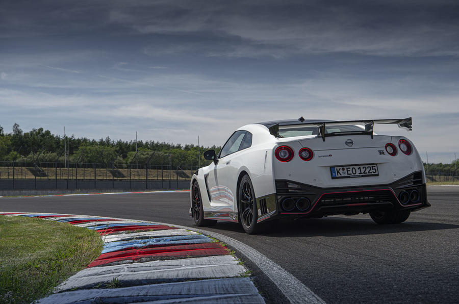 Nissan GT-R Nismo 2020 official reveal - static rear