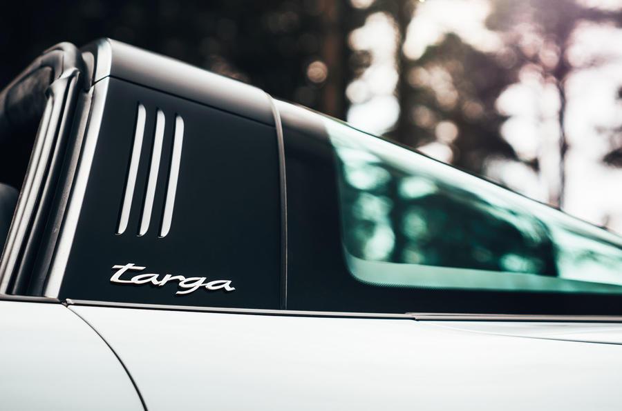 Porsche 911 Targa 2020 UK first drive review - glass