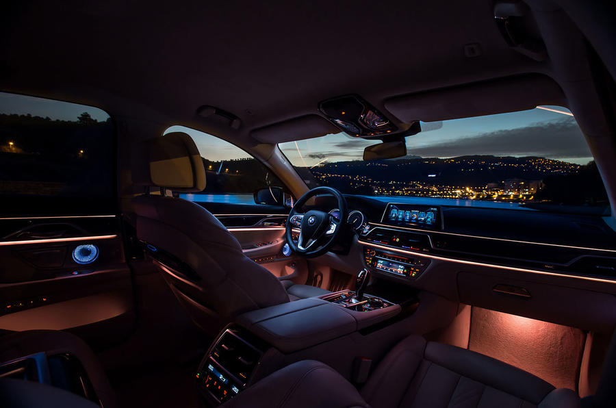 BMW 730d ambient lighting
