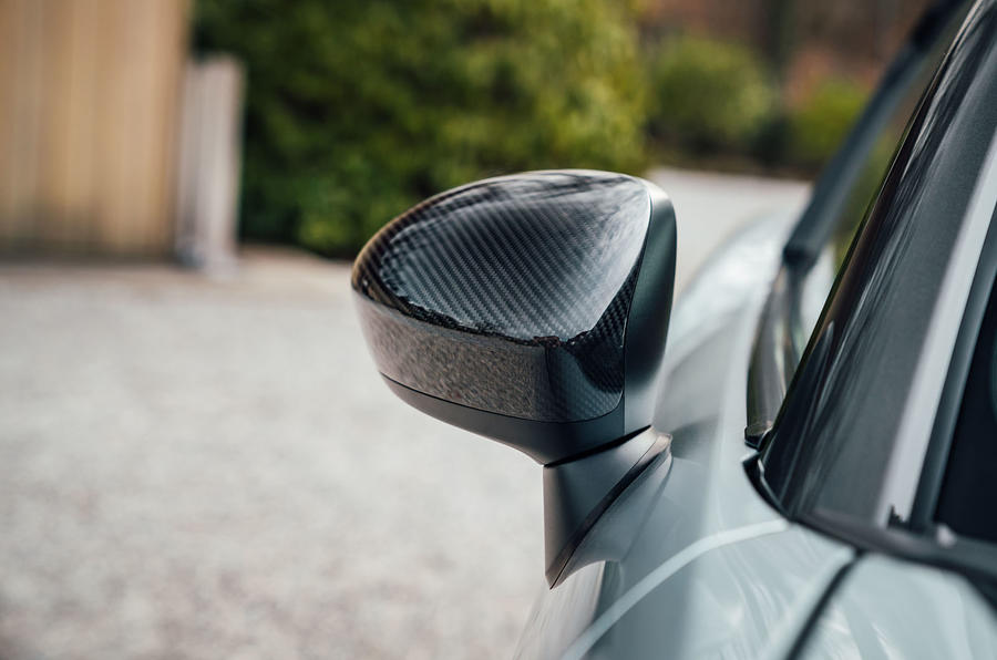 Abarth 124 GT review 2018 wingmirrors