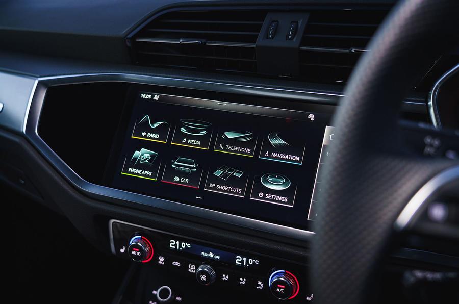 Audi Q3 45 TFSI 2019 first drive review - infotainment