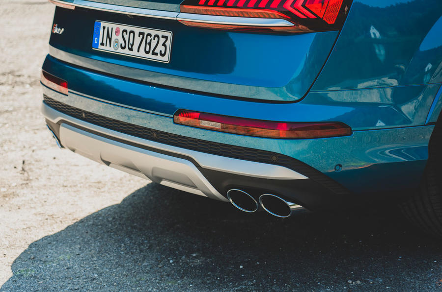 Audi SQ7 2020 first drive review - exhaust