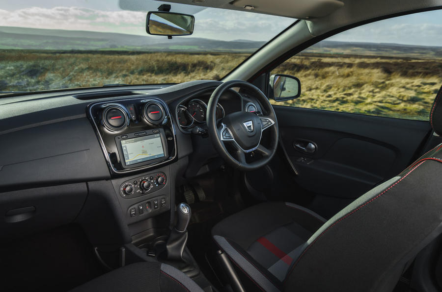 Dacia Sandero Stepway Techroad 2019 first drive review - dashboard