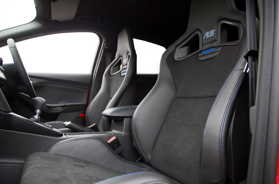 Ford Focus RS Race Red Edition interior